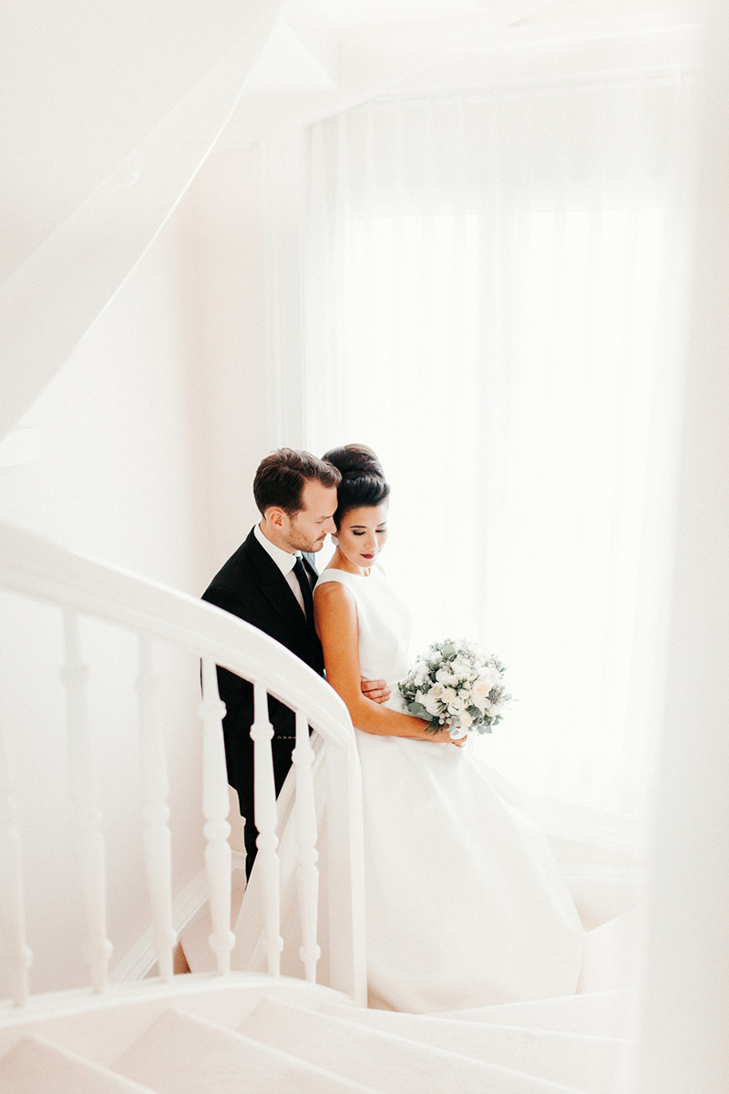 winter-elopement-justthetwoofus-0075