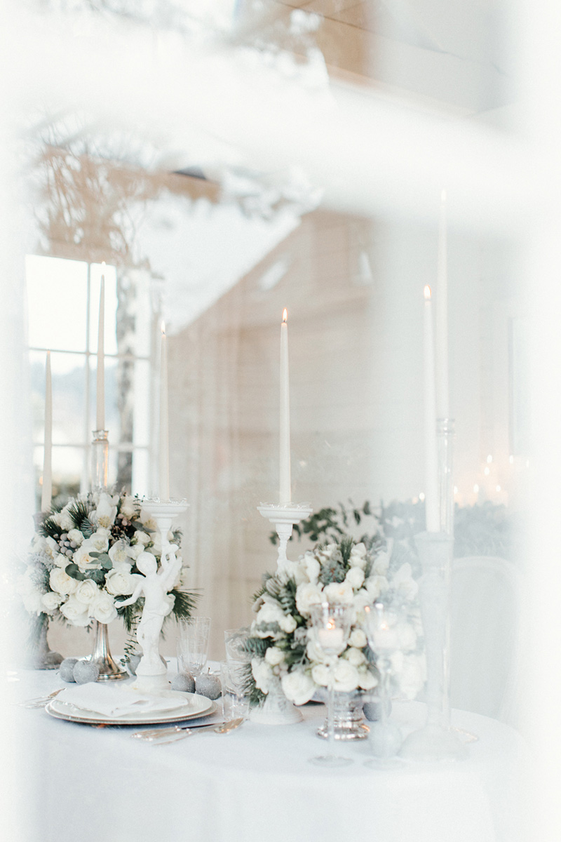 winter-elopement-justthetwoofus-0101