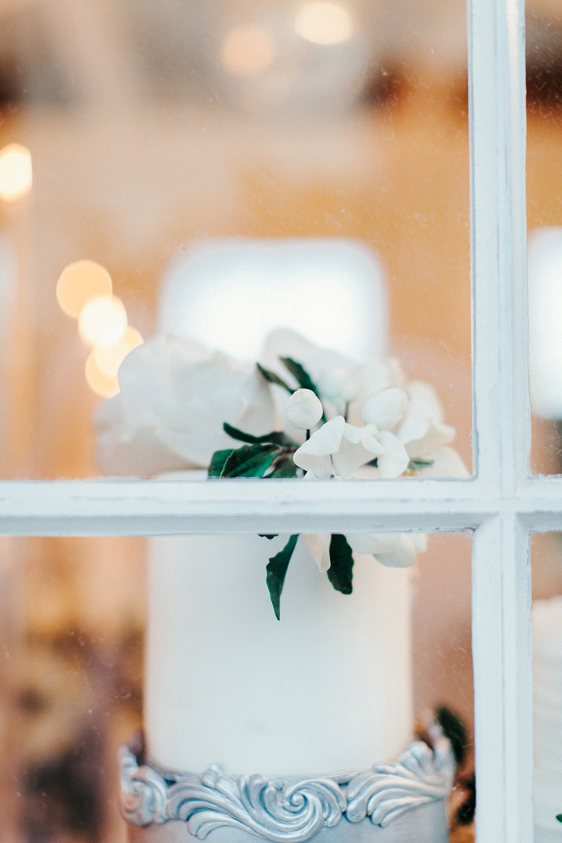 winter-elopement-justthetwoofus-0127