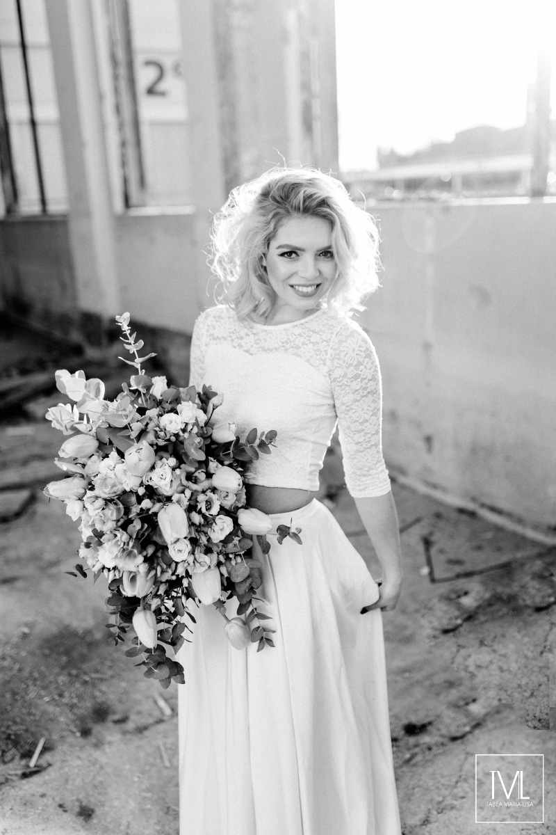 TML TABEA MARIA-LISA hochzeitsfloristik hochzeitsdekoration brautstrauss floral design wedding styling urban modern free people vintage wild peach weddingflowers-19