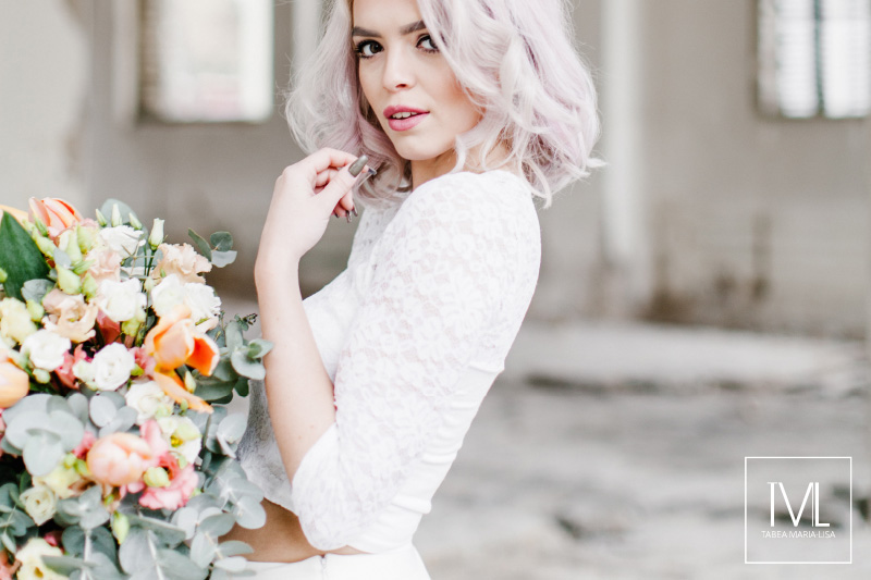 TML TABEA MARIA-LISA hochzeitsfloristik hochzeitsdekoration brautstrauss floral design wedding styling urban modern free people vintage wild peach weddingflowers-20