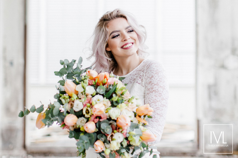 TML TABEA MARIA-LISA hochzeitsfloristik hochzeitsdekoration brautstrauss floral design wedding styling urban modern free people vintage wild peach weddingflowers-40
