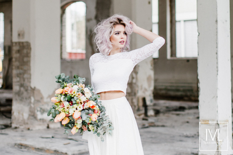 TML TABEA MARIA-LISA hochzeitsfloristik hochzeitsdekoration brautstrauss floral design wedding styling urban modern free people vintage wild peach weddingflowers-48