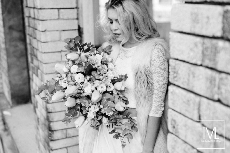 TML TABEA MARIA-LISA hochzeitsfloristik hochzeitsdekoration brautstrauss floral design wedding styling urban modern free people vintage wild peach weddingflowers-51
