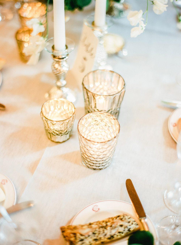 Hochzeit Grandhotel Giessbach Hochzeitsdekoration Hochzeitsblumen Hochzeitsfloristik Kerzenständer Windlichter Teelichter Romantisch Weiss Grün Tabea Maria-Lisa