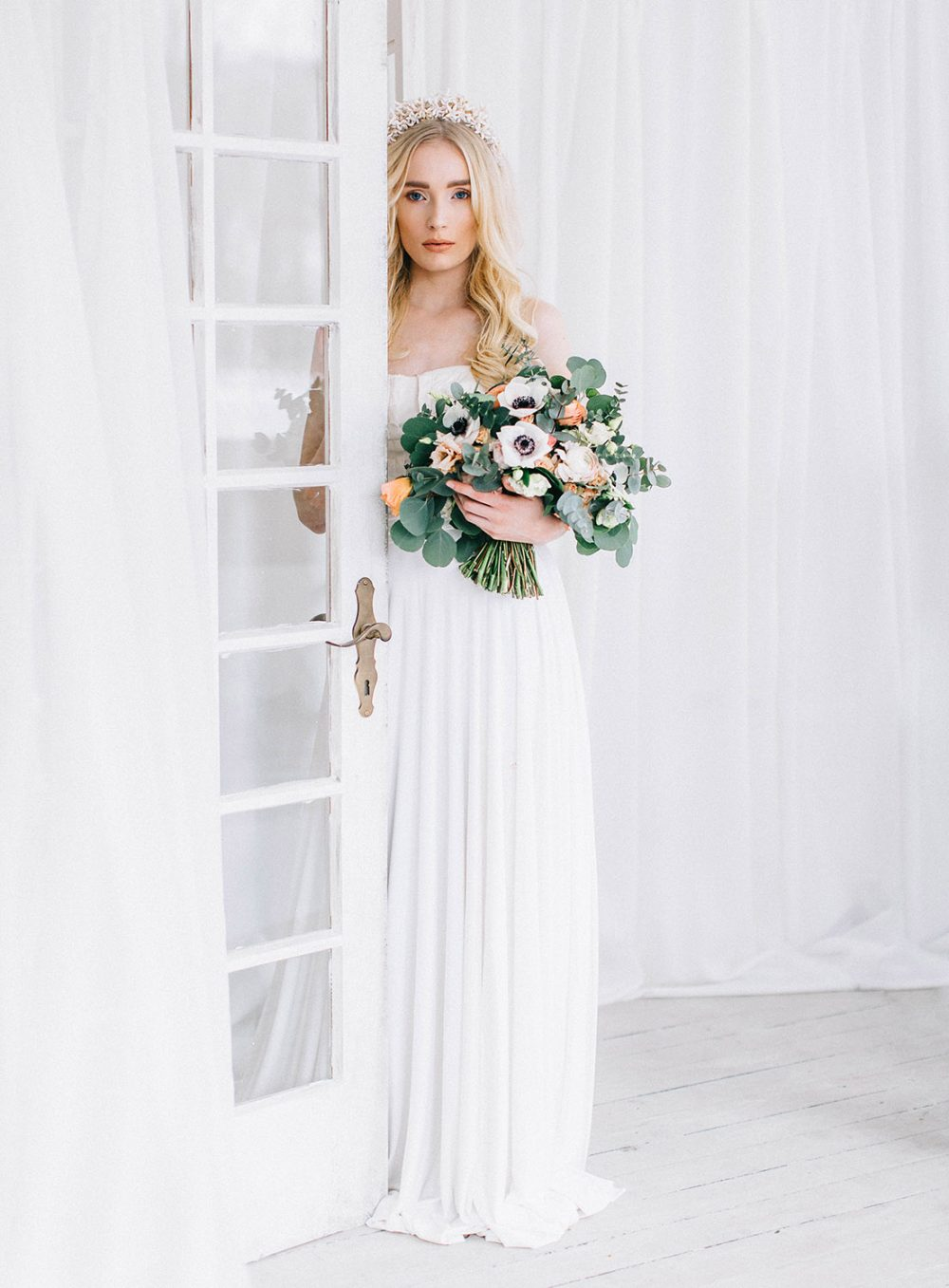 Tabea Maria-Lisa The pretty Blog Hochzeitsblumen Schweiz Eukalyptus Brautstrauss Switzerland Sue Neuenschwander