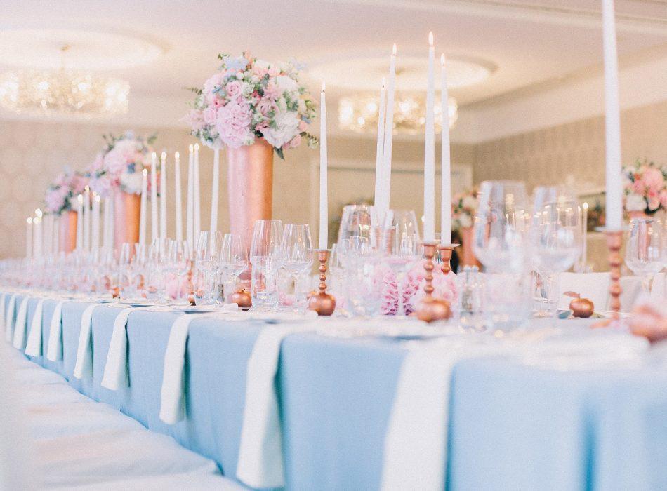 TML Tabea Maria-Lisa Rose Quartz Serenty Blue Copper Reception Schloss Hünigen Hochzeitsdekoration Hochzeitsblumen