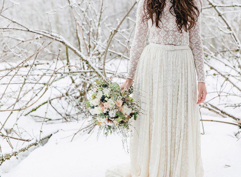 Tabea Maria-Lisa TML Winterhochzeit Hochzeitsdekoration Hochzeitsblumen Wedding Flowers Switzerland Swiss Elopement
