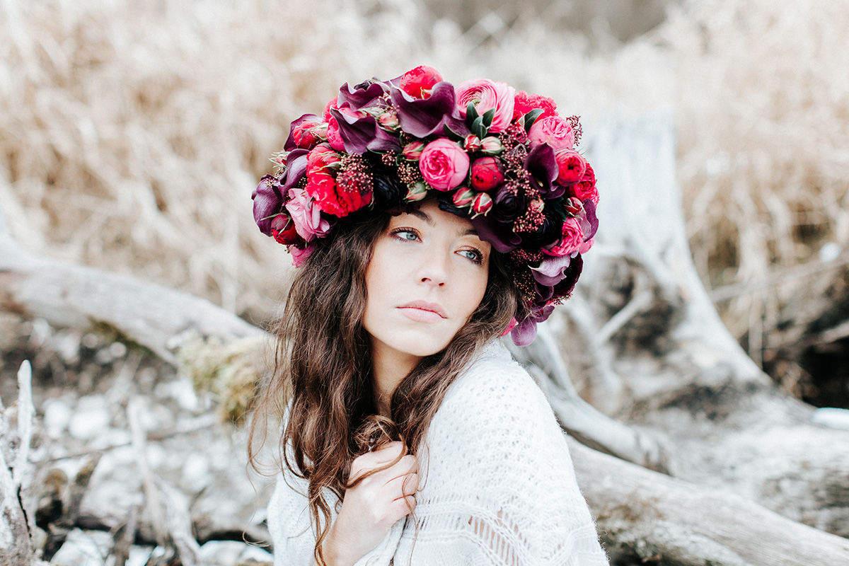 Bold flower crown by tml got featured on frieda thres our bold flower crown and some marvelous pictures and a film of it by david kathrin got featured hop on over here or enjoy it here izmirmasajfo