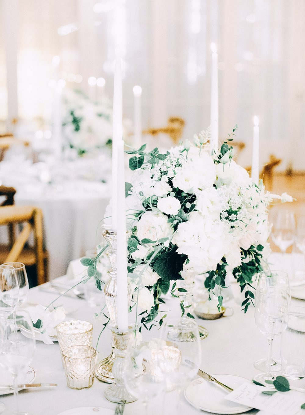 TML Organic Boho Wedding Destination Switzerland Floral Design Event Styling Eucalyptus Grandhotel Giessbach Brienz Hochzeitsdekoration Reception Centerpiece Tabea Maria-Lisa White Green
