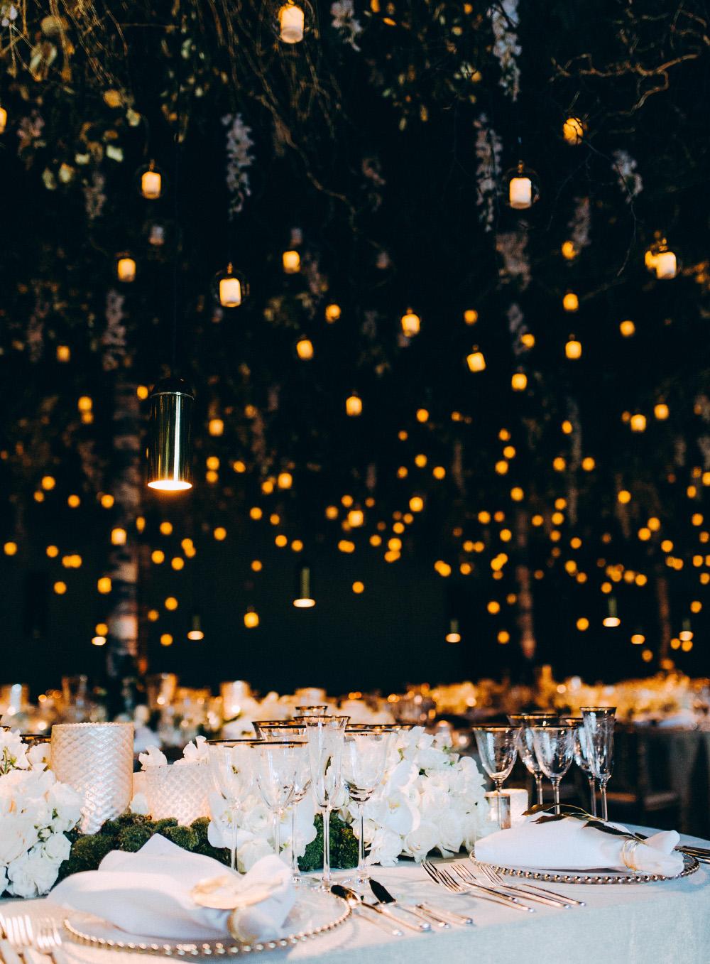 Floral Designer, Gstaad Wedding, The Alpina Gstaad, Forest wedding, Zermatt, Hochzeitsblumen, Hochzeitsdekoration, Zurich, Gruen, Weiss, Winterhochzeit, Dining under the stars, waldhochzeit, luxury reception, luxury wedding, moos, Hochzeitsdekoration, Hochzeitsfloristik, Hochzeitsblumen